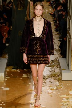 Valentino Spring 2016 Couture Look 8