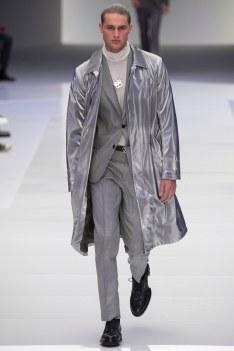 Versace Fall 2016 Menswear-1