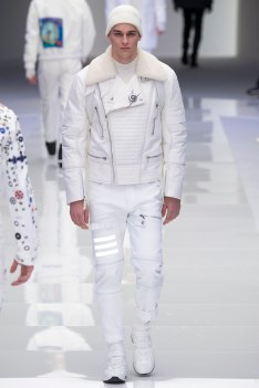 Versace Fall 2016 Menswear-17