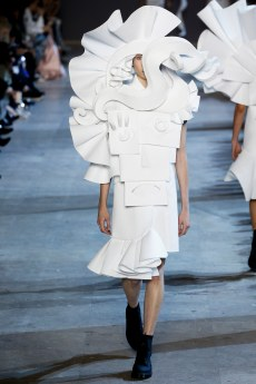 Viktor & Rolf Spring 2016 Couture Look 15