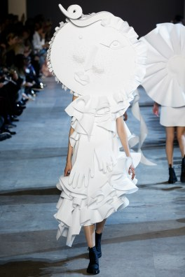 Viktor & Rolf Spring 2016 Couture Look 17