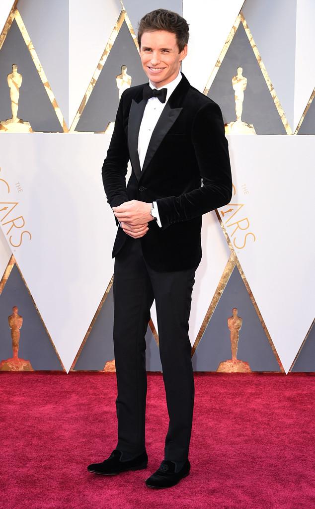 2016 Oscars Eddie Redmayne in Alexander McQueen