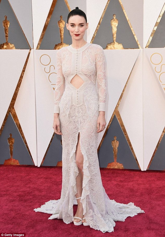 2016 Oscars Rooney Mara in Givenchy
