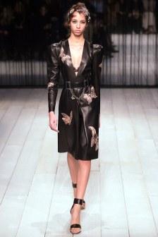 Alexander McQueen Fall 2016 Look 10