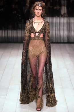 Alexander McQueen Fall 2016 Look 34