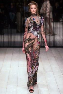 Alexander McQueen Fall 2016 Look 38