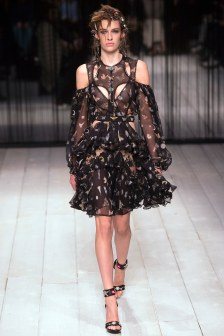 Alexander McQueen Fall 2016 Look 5