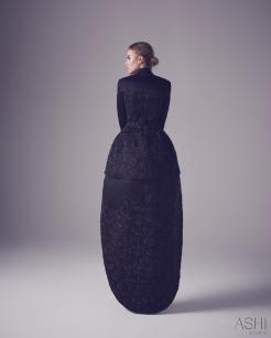 Ashi Studio Spring 2016 Couture Look 40