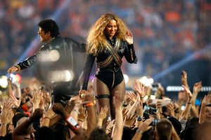 Beyoncé v.s. Michael Jackson -2016.2.8-