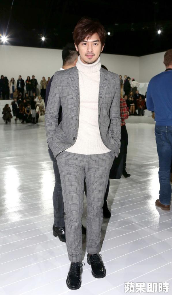 Chen Bo-Lin in Marc Jacobs Fall 2015 Menswear