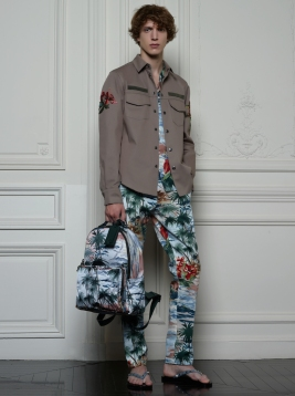 Valentino Hawaiian Couture Look 25