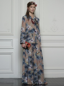 Valentino Hawaiian Couture Look 7