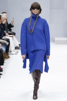 Balenciaga Fall 2016 Look 11