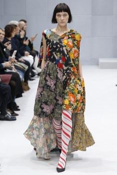 Balenciaga Fall 2016 Look 30