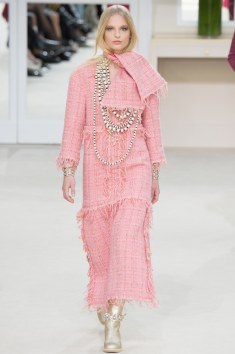 Chanel Fall 2016 Look 14