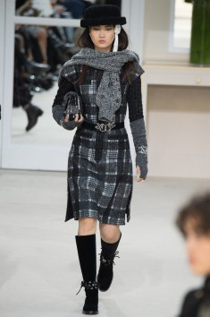 Chanel Fall 2016 Look 30
