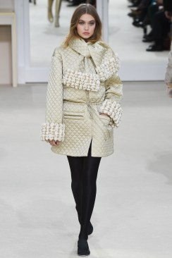 Chanel Fall 2016 Look 39