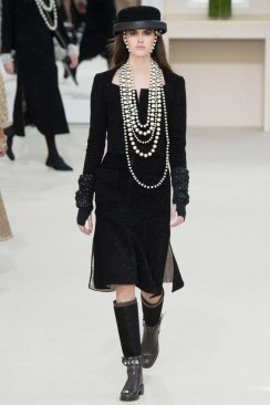 Chanel Fall 2016 Look 52