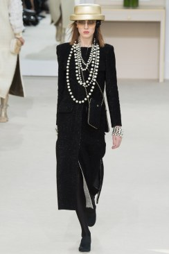 Chanel Fall 2016 Look 54