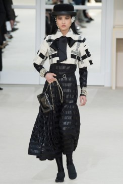 Chanel Fall 2016 Look 56