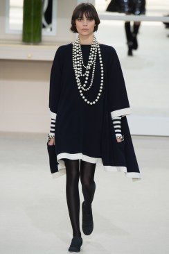 Chanel Fall 2016 Look 61