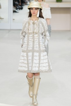 Chanel Fall 2016 Look 72