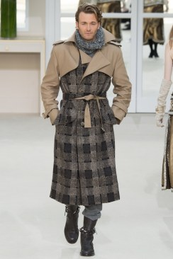 Chanel Fall 2016 Look 73