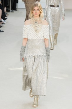 Chanel Fall 2016 Look 74