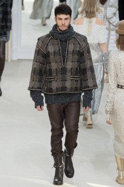 Chanel Fall 2016 Look 75