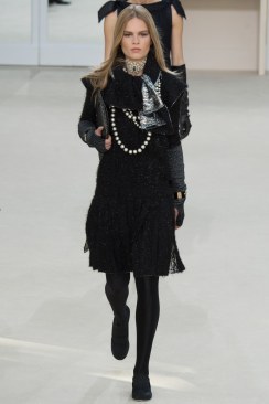 Chanel Fall 2016 Look 82