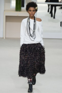 Chanel Fall 2016 Look 83