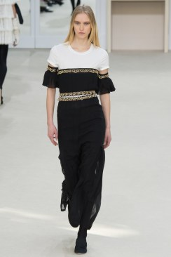 Chanel Fall 2016 Look 90