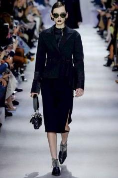 Christian Dior Fall 2016 Look 1