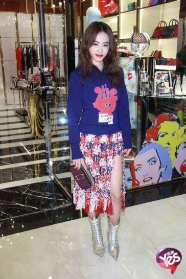 Jolin Tsai in Marc Jacobs Spring 2016-1