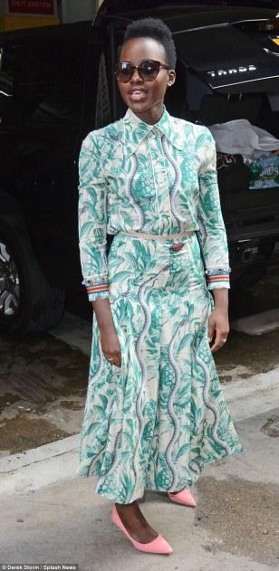 Lupita Nyong'o in Gucci Spring 2016-1