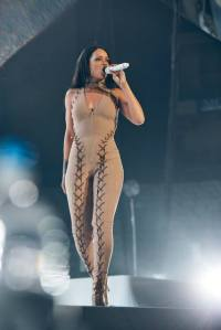 Rihanna Anti World Tour Outfits -2016.3.14-