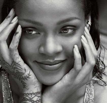 Rihanna Vogue US April 2016-3