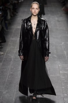 Valentino Fall 2016 Look 5