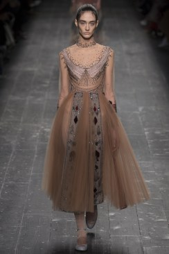 Valentino Fall 2016 Look 73