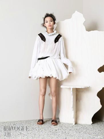 Xiao Wen Ju Vogue China April 2016-2