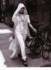 Gemma Ward & Du Juan Patrick Demarchelier Vogue Paris October 2005-10