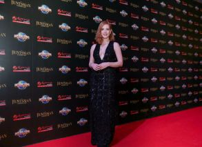 Jessica Chastain in Elie Saab Pre-Fall 2016