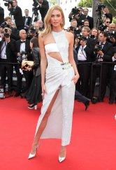 2015 Cannes Karlie Kloss in Atelier Versace Fall 2014 Couture