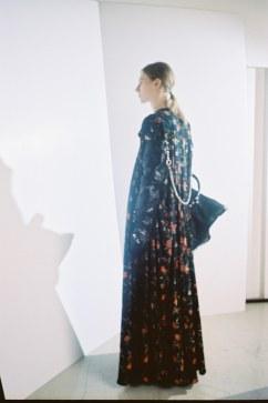 Balenciaga Pre-Fall 2016 Look 18