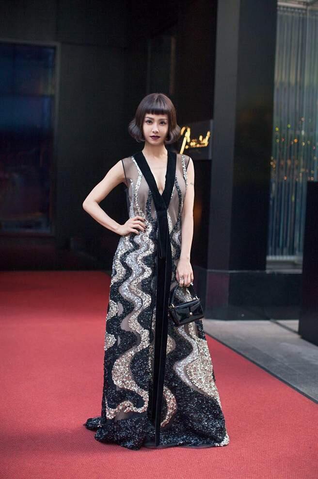 Jolin Tsai in Marc Jacobs Fall 2016
