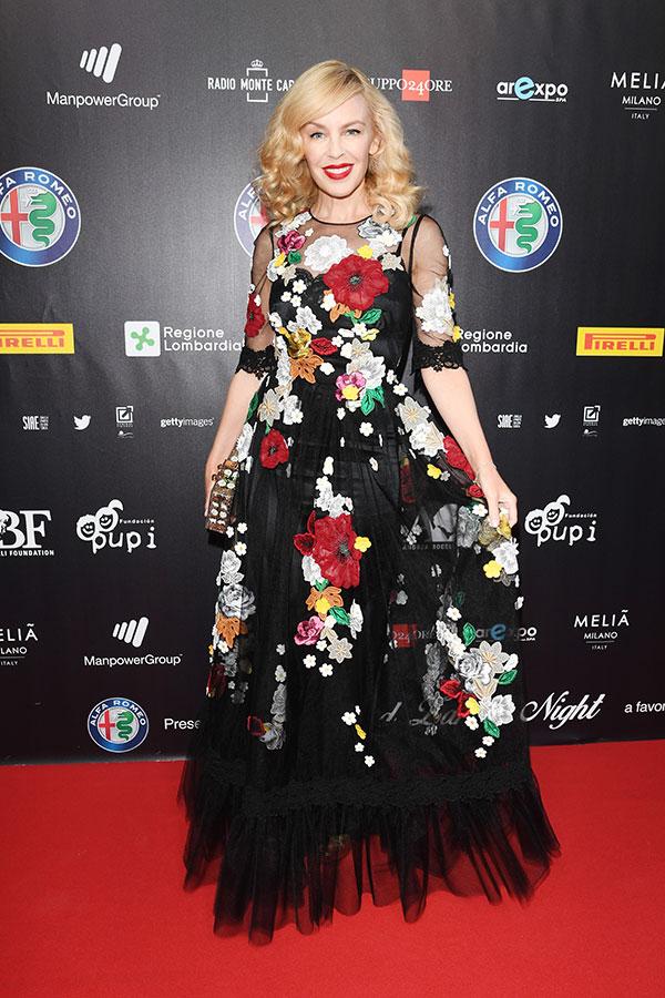 Kylie Minogue in Dolce & Gabbana Spring 2016