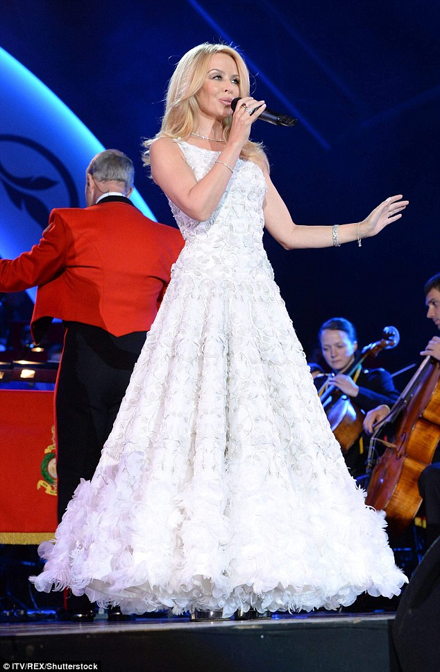 Kylie Minogue in Ralph & Russo Spring 2016 Couture