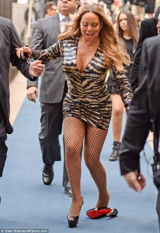 Mariah Carey in Balmain-1