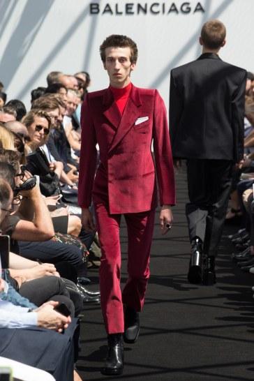 Balenciaga Spring 2017 Menswear Look 25
