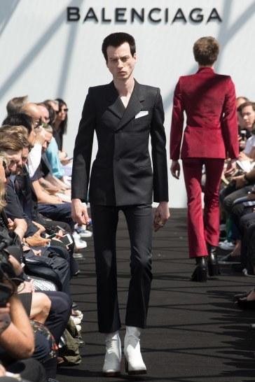 Balenciaga Spring 2017 Menswear Look 26
